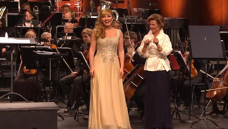 Sopranen Kristina Mkhitaryan,  årets vinner av Dronning Sonja internasjonale musikkonkurranse 2013