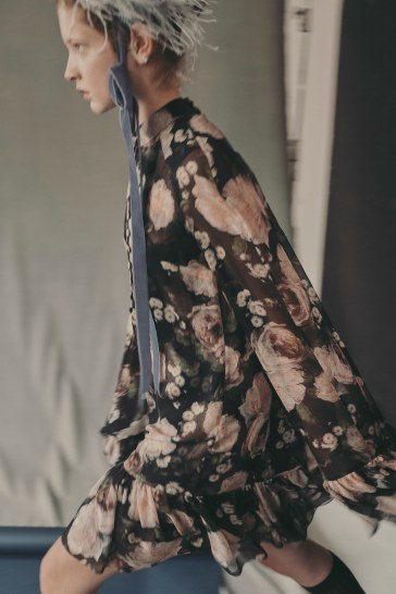00002-erdem-vogue-resort-2019-pr
